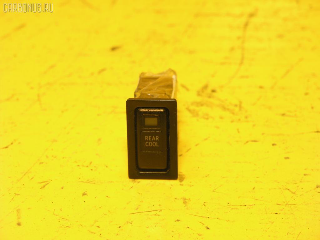 Кнопка TOYOTA GAIA SXM10G. Фото 3