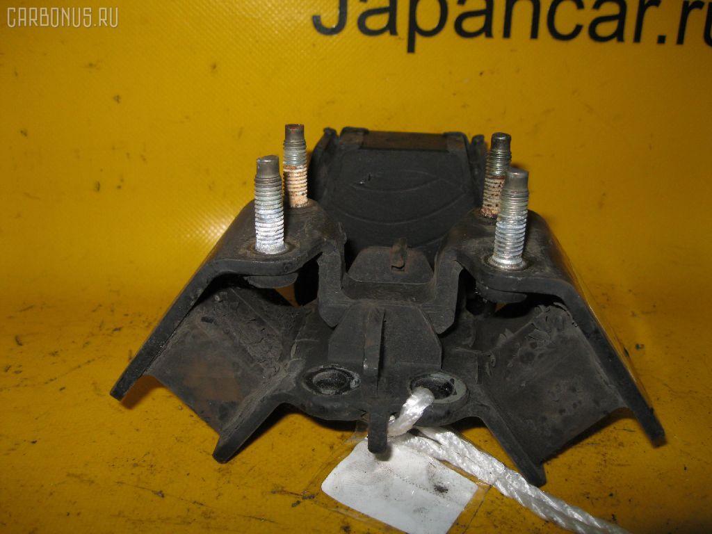 Подушка двигателя TOYOTA MARK II JZX100 1JZ-GE. Фото 6