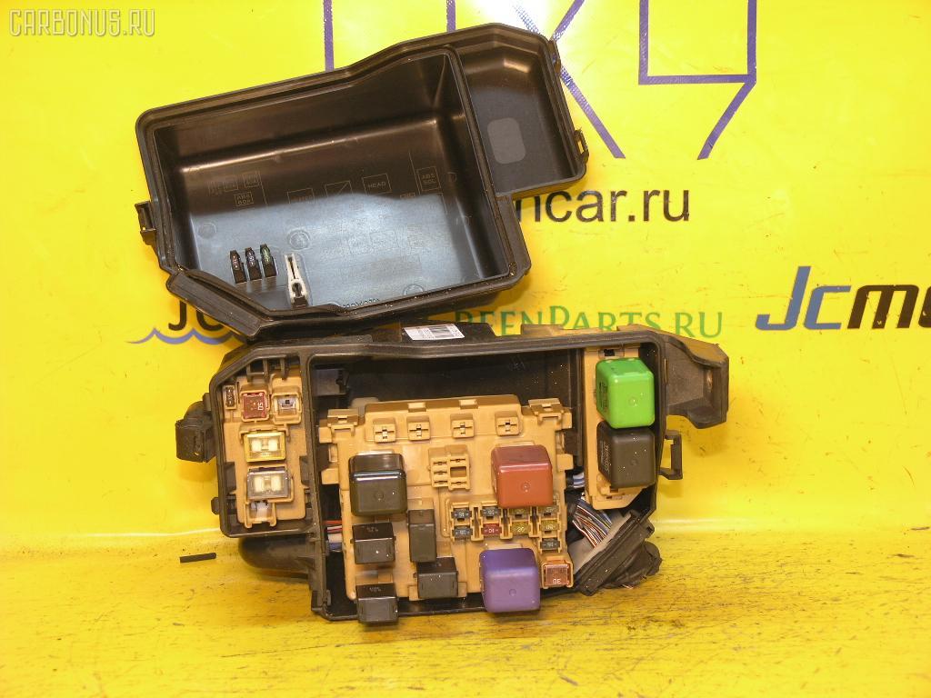 Блок предохранителей TOYOTA MARK II JZX100 1JZ-GE.  Фото 7.