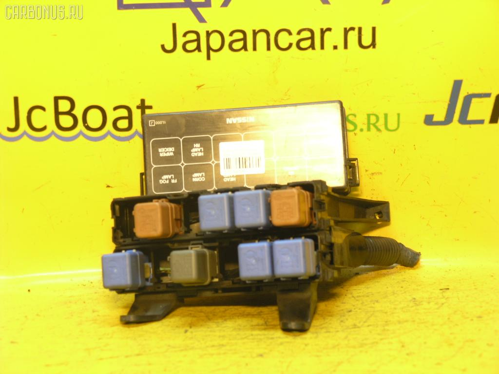Блок предохранителей NISSAN CEFIRO A32 VQ20DE. Фото 1