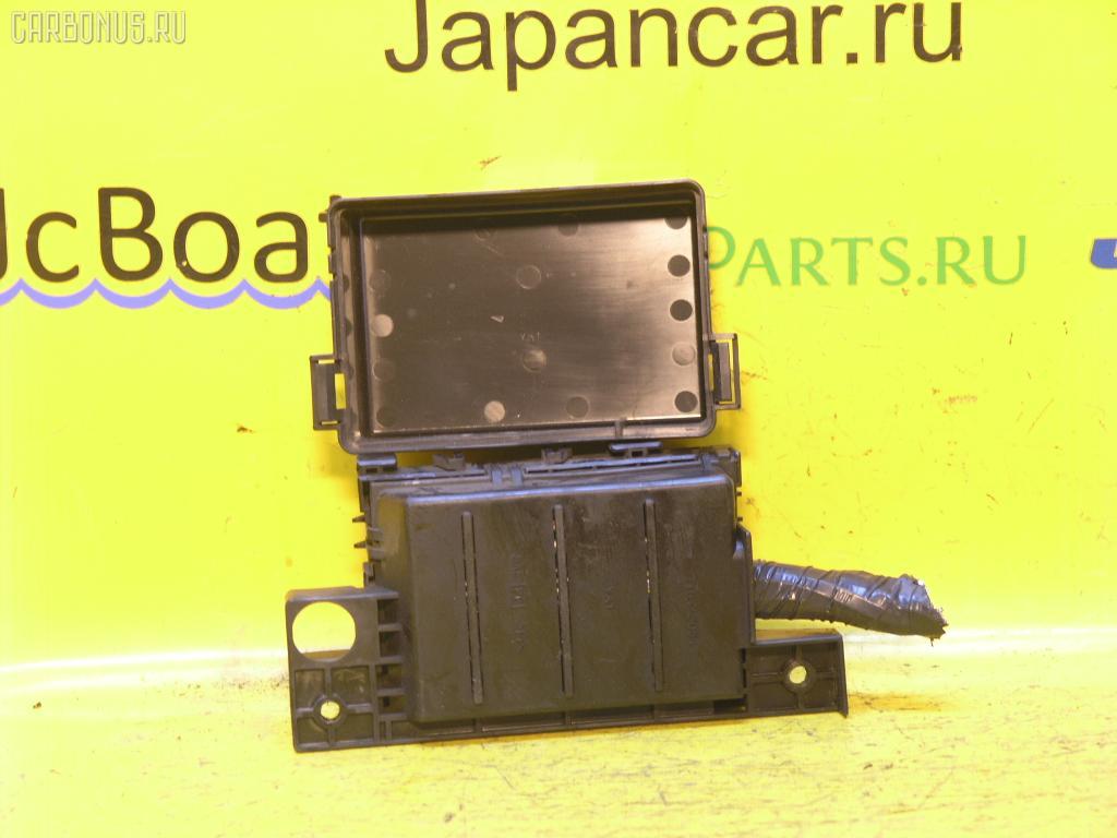 Блок предохранителей NISSAN CEFIRO A32 VQ20DE. Фото 6
