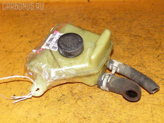 Бачок гидроусилителя Mazda Demio DW3W B3 Фото 1