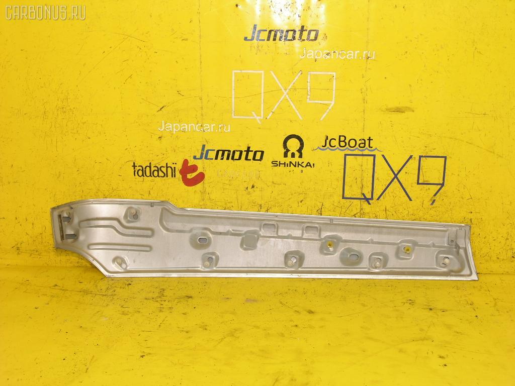 Планка задняя NISSAN PRESAGE TU31. Фото 2
