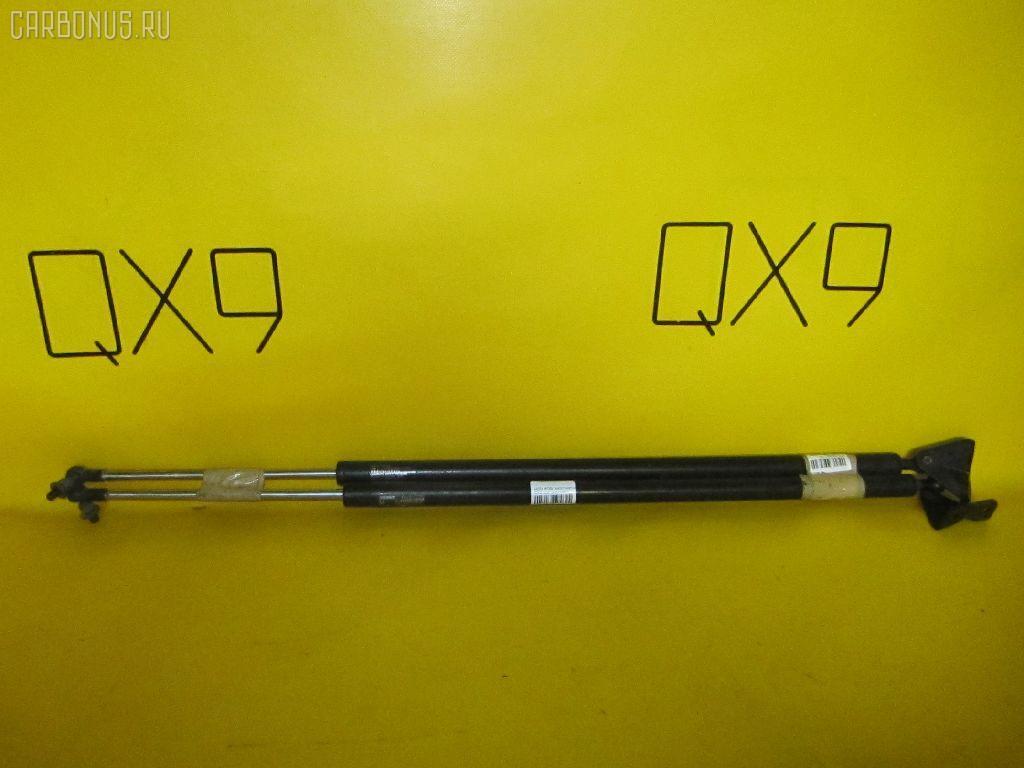Амортизатор двери HONDA MOBILIO SPIKE GK2. Фото 3
