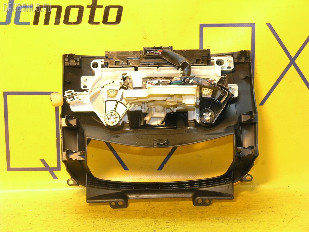 Блок управления климатконтроля Daihatsu Boon M300S 1KR-FE Фото 1