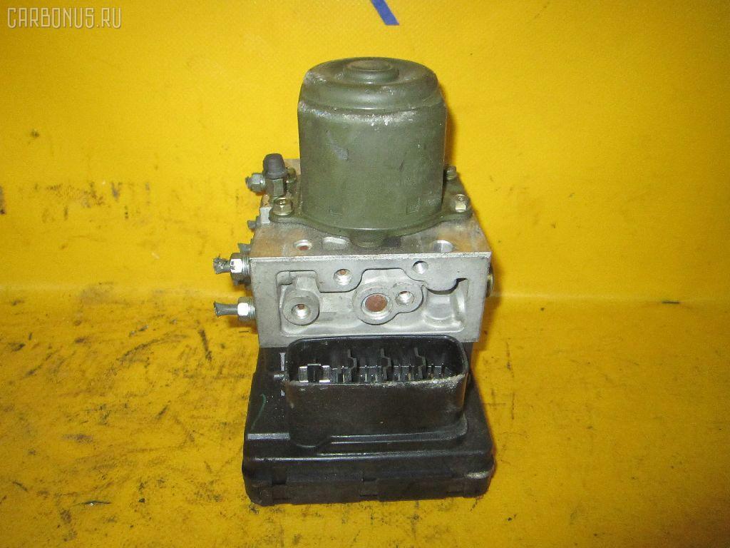 Блок ABS TOYOTA IPSUM ACM21W 2AZ-FE. Фото 3