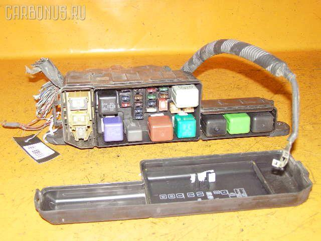 Блок предохранителей TOYOTA CALDINA ST195G 3S-FE.  Фото 2.