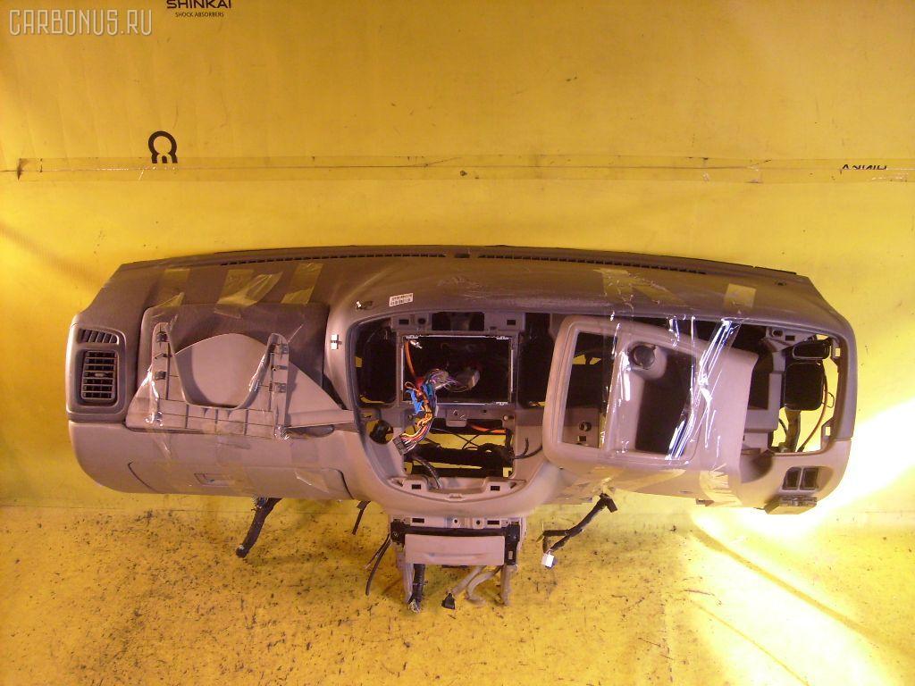 Панель приборов Mazda Tribute EPEW Фото 1