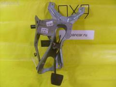Педаль тормоза Toyota Hiace LH123V 3L Фото 1
