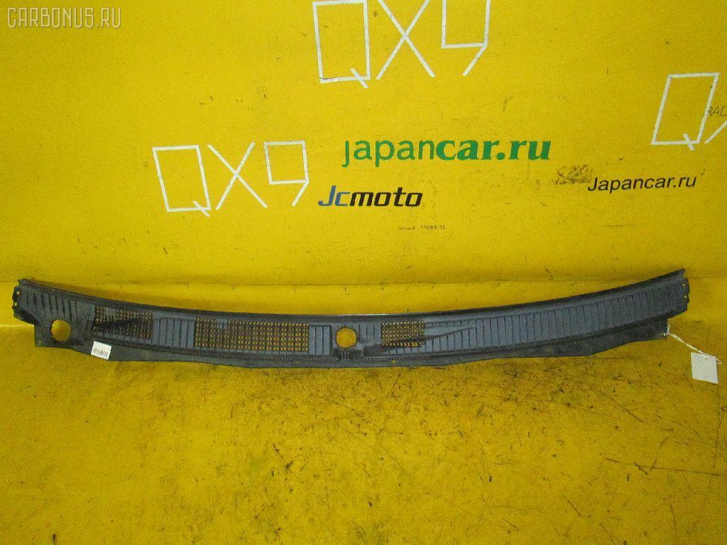 Решетка под лобовое стекло Mitsubishi Pajero V75W Фото 1