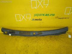 Решетка под лобовое стекло на Mitsubishi Pajero V75W