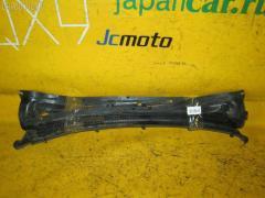 Решетка под лобовое стекло на Toyota Camry SV32