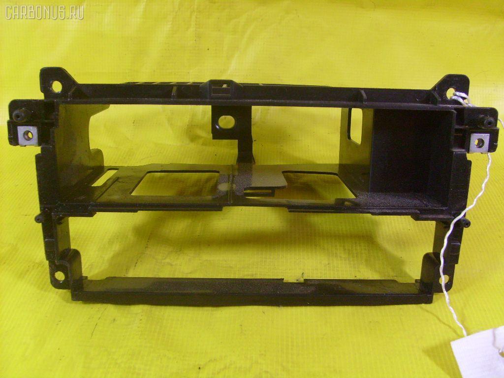 Крепление магнитофона Bmw 3-series E46-AN92 Фото 1