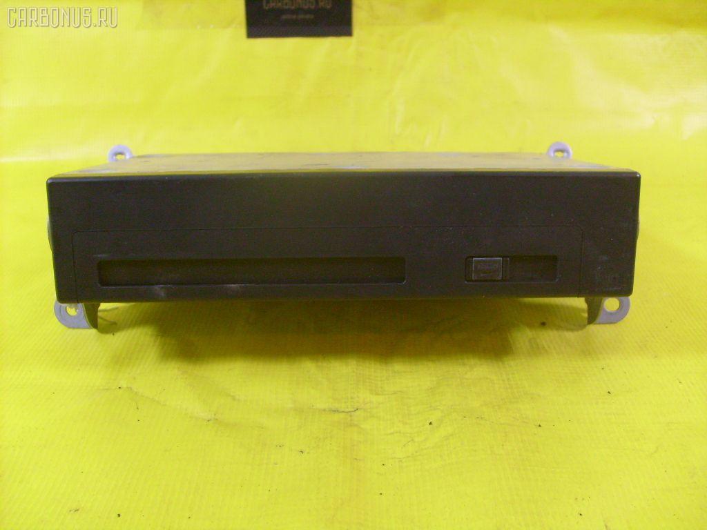 Навигация TOYOTA KLUGER V ACU25W 2003 86841-52020 4WD 5D Фото 1