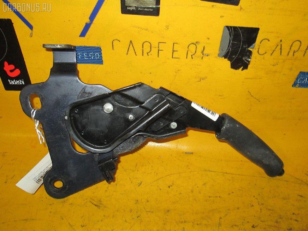 Рычаг стояночного тормоза TOYOTA LAND CRUISER PRADO RZJ95W. Фото 1