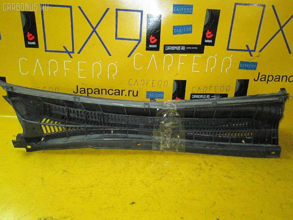 Решетка под лобовое стекло TOYOTA PREMIO NZT240. Фото 2