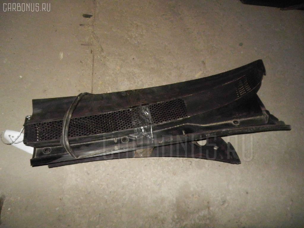 Решетка под лобовое стекло TOYOTA VITZ SCP13. Фото 2