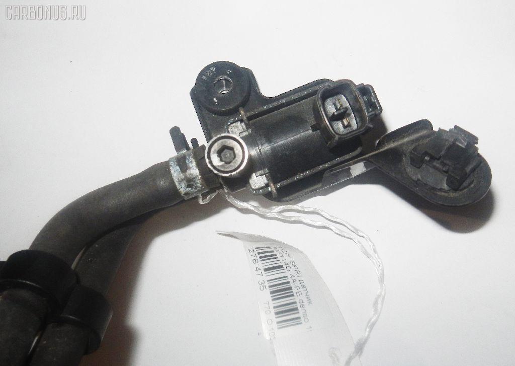 Клапан-вакуумник TOYOTA SPRINTER CARIB AE114G 4A-FE Фото 2