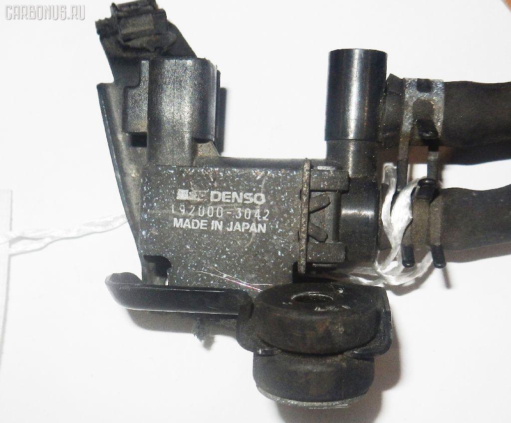 Клапан-вакуумник TOYOTA SPRINTER CARIB AE114G 4A-FE Фото 3