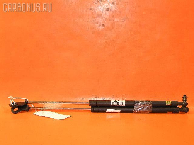 Амортизатор капота MITSUBISHI DIAMANTE F34A. Фото 2