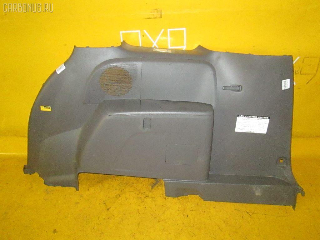 Обшивка багажника TOYOTA ISIS ANM10W 1AZ-FSE. Фото 1