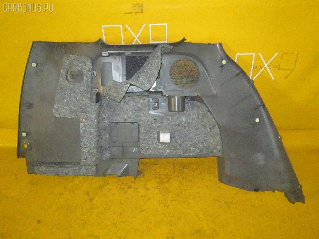 Обшивка багажника TOYOTA ISIS ANM10W 1AZ-FSE. Фото 2