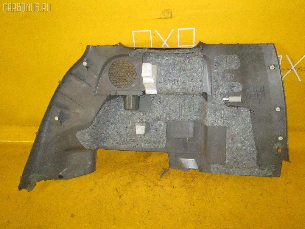 Обшивка багажника TOYOTA ISIS ANM10W 1AZ-FSE. Фото 4
