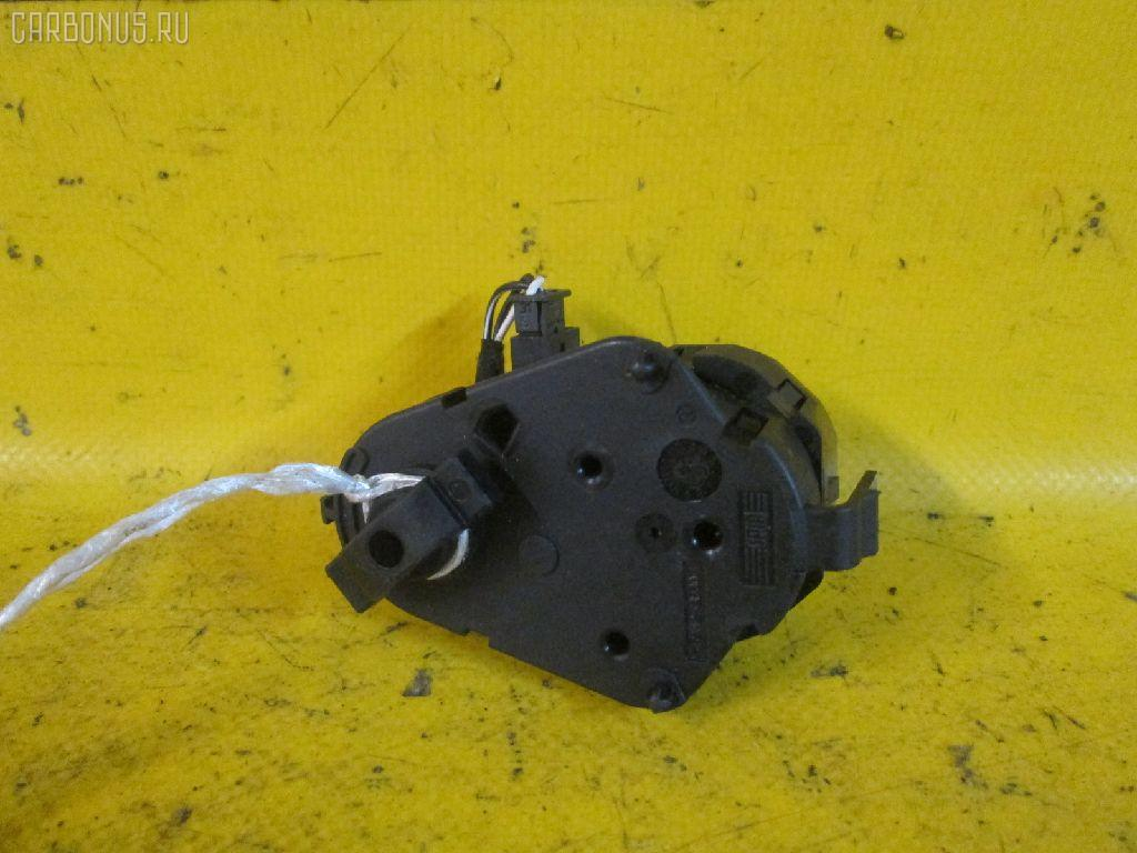 Моторчик заслонки печки BMW 5-SERIES E39-DT42 M54-256S5 Фото 1