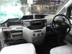 Накладка на порог салона Toyota Voxy AZR65G Фото 10
