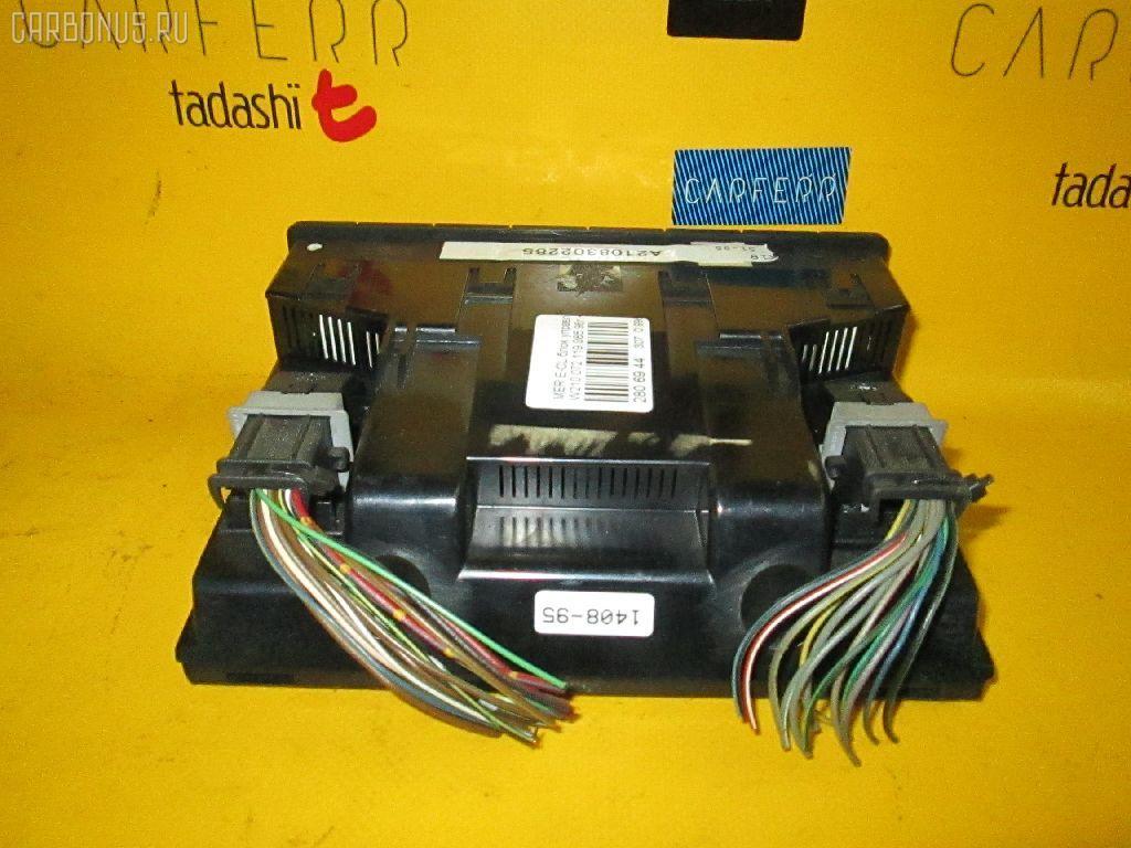 Блок управления климатконтроля MERCEDES-BENZ E-CLASS W210.055 104.995. Фото 3