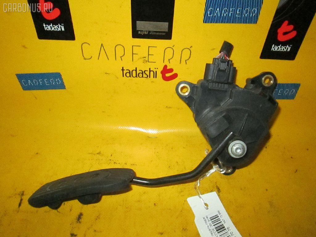 Педаль подачи топлива NISSAN BLUEBIRD SYLPHY KG11 MR20DE Фото 1