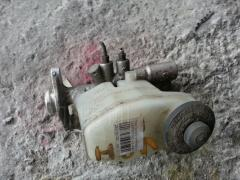 Главный тормозной цилиндр TOYOTA GRAND HIACE VCH10W 5VZ-FE Фото 1