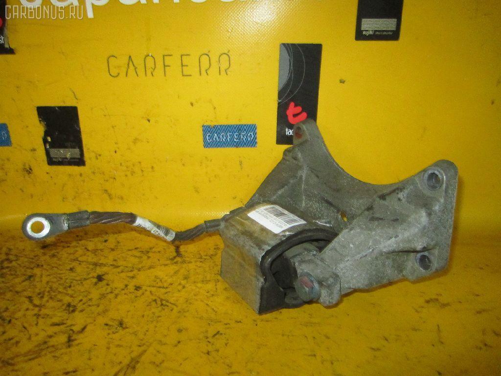Подушка КПП MERCEDES-BENZ C-CLASS W203.035 111.951 Фото 2