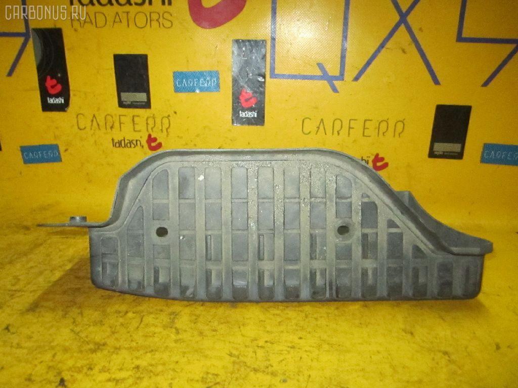 Подножка Nissan Caravan VWE25 Фото 1