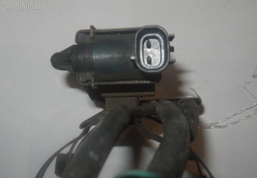 Клапан-вакуумник TOYOTA CAMRY SV30 4S-FE Фото 2