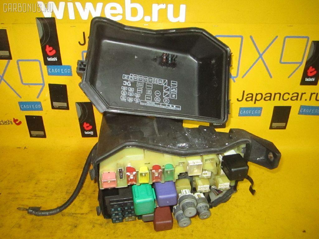 Блок предохранителей TOYOTA MARK II JZX90 1JZ-GE Фото 1.
