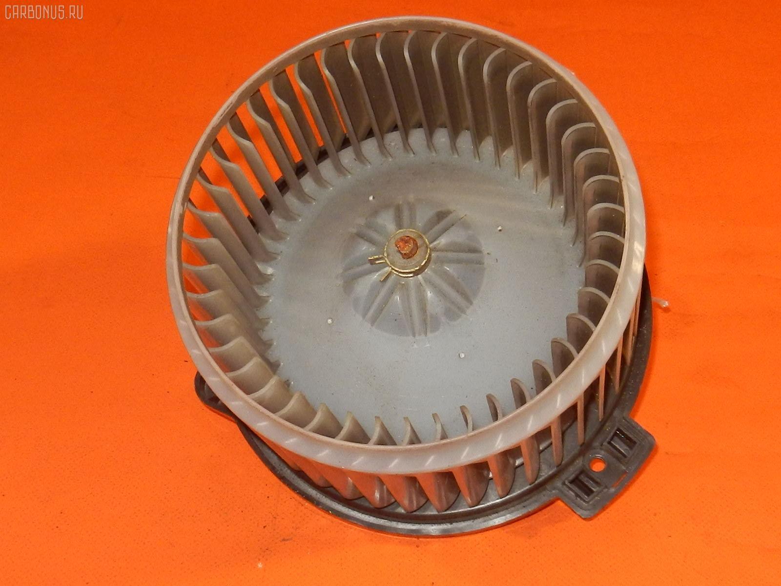 Мотор печки TOYOTA IPSUM ACM21W. Фото 8