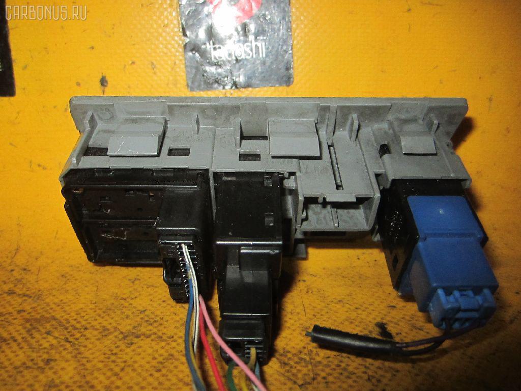 Блок управления зеркалами TOYOTA CROWN GRS180 4GR-FSE. Фото 2