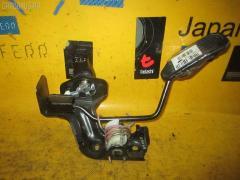Педаль подачи топлива Toyota Noah AZR60G 1AZ-FSE Фото 1
