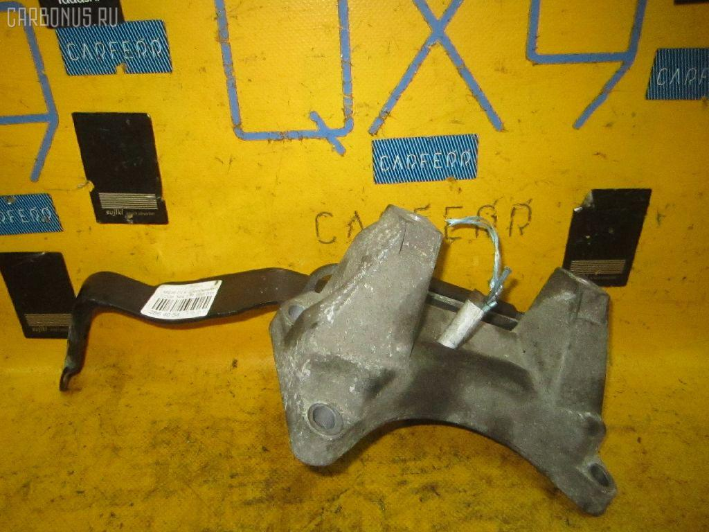 Крепление подушки КПП MERCEDES-BENZ CLK-CLASS C208.344 111.956 Фото 1