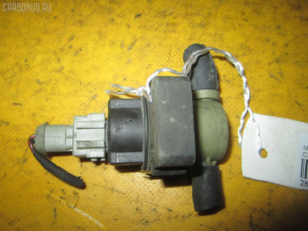 Клапан вентиляции топливного бака MERCEDES-BENZ CLK-CLASS C208.344 111.956 Фото 1