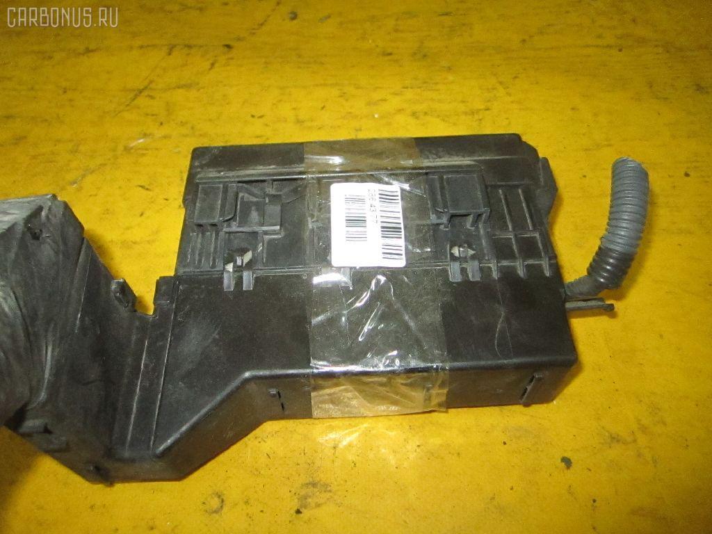 Блок предохранителей NISSAN BLUEBIRD SYLPHY TG10 QR20DD. Фото 2