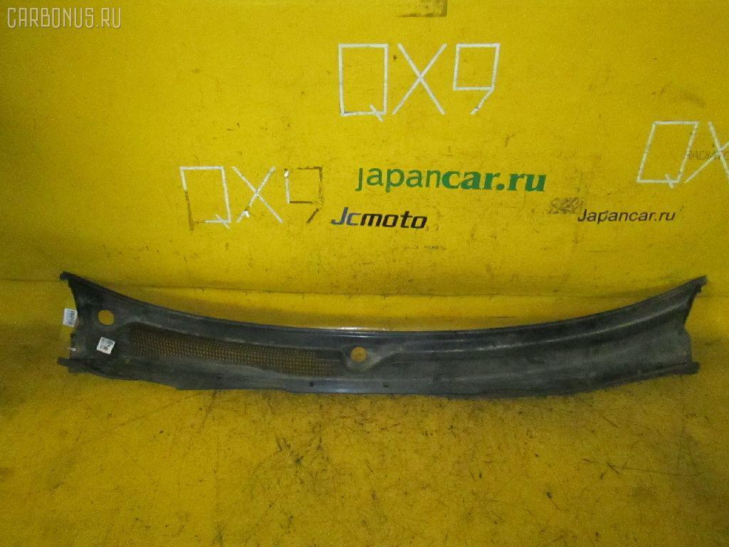 Решетка под лобовое стекло NISSAN CEFIRO A32. Фото 2