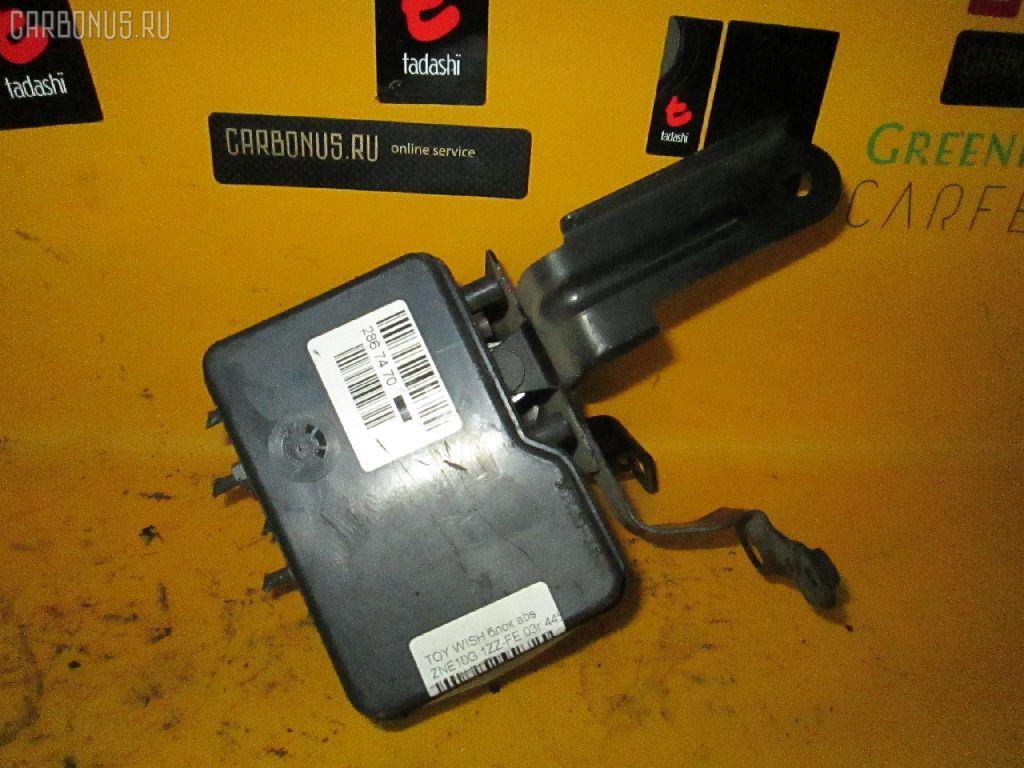 Блок ABS TOYOTA WISH ANE10G 1AZ-FSE. Фото 3