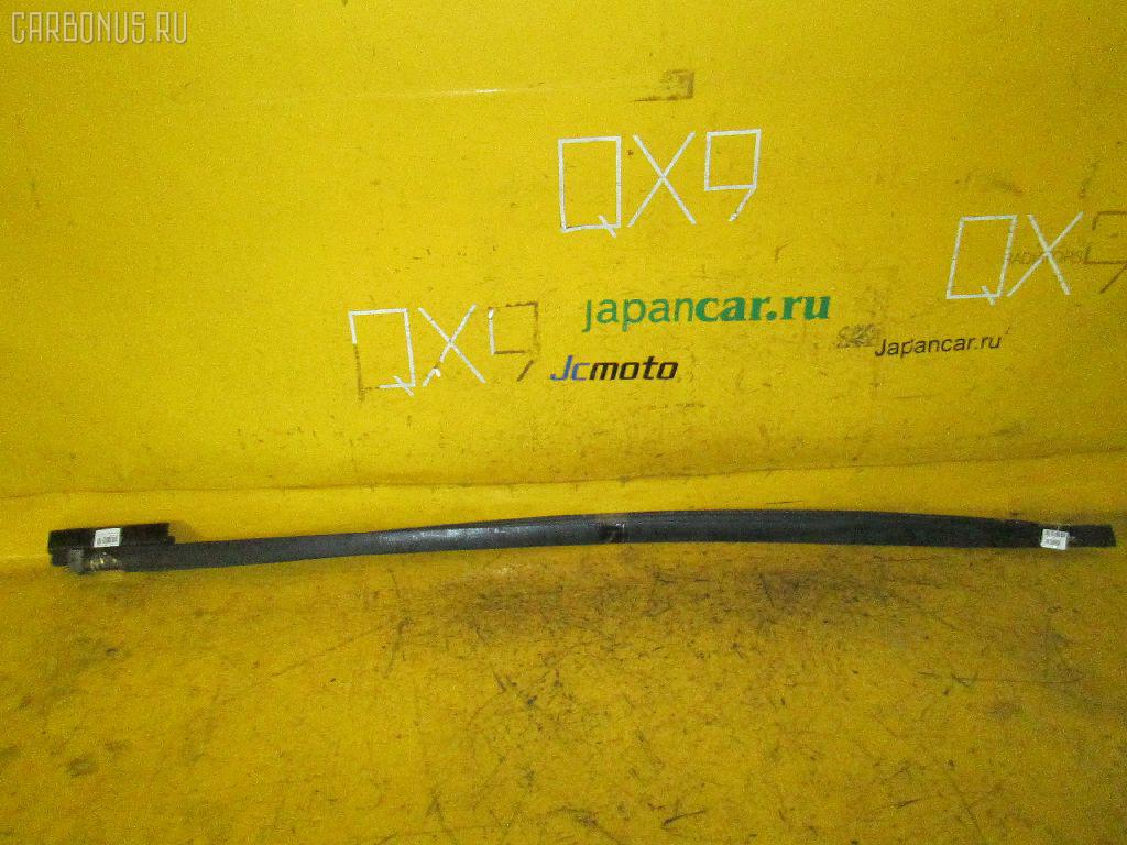 Молдинг на кузов NISSAN AD EXPERT VY12 Фото 1