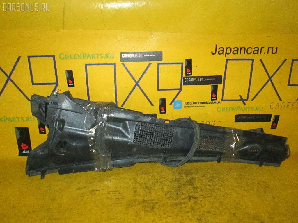 Решетка под лобовое стекло Toyota Camry SV40 Фото 1