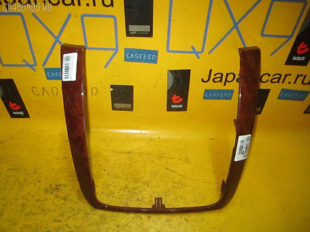 Консоль магнитофона TOYOTA IPSUM ACM21W Фото 1