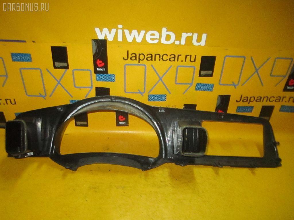 Консоль спидометра Toyota Wish ZNE10G Фото 1