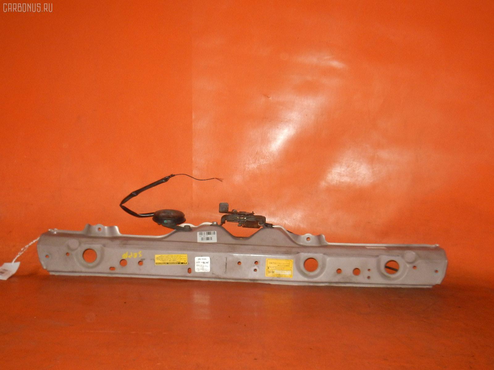 Планка телевизора TOYOTA VITZ SCP13 2SZ-FE. Фото 1