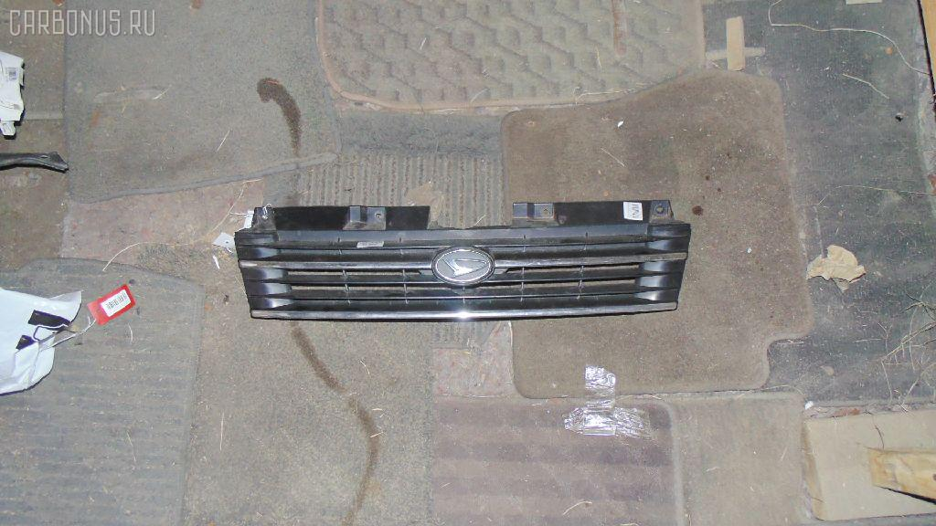 Решетка радиатора DAIHATSU PYZAR G303G Фото 1